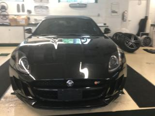 Used 2014 Jaguar F-Type for sale in Thornhill, ON