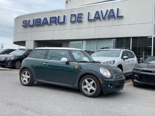 Used 2010 MINI Cooper Hardtop Classic ** Toit ouvrant ** for sale in Laval, QC