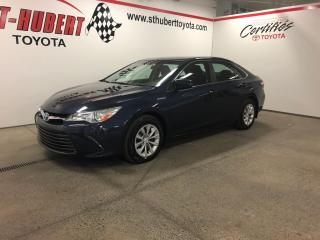 Used 2015 Toyota Camry Hybride Le Hybride for sale in St-Hubert, QC