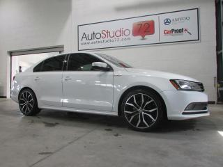Used 2015 Volkswagen Jetta Comfortline 1,8 TSI **TOIT**MAGS 18''**D for sale in Mirabel, QC