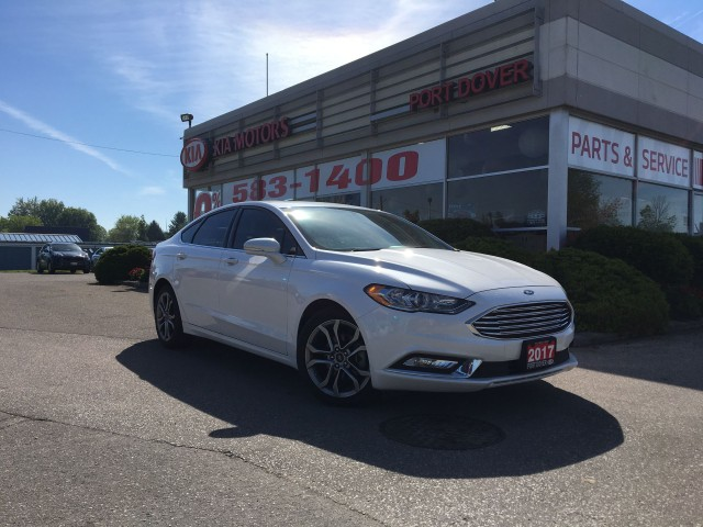 2017 Ford Fusion SE | Navigation | Htd. Leather |
