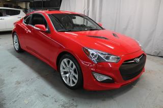 Used 2015 Hyundai Genesis Premium V6 (NAV,MAGS,TOIT) for sale in St-Constant, QC