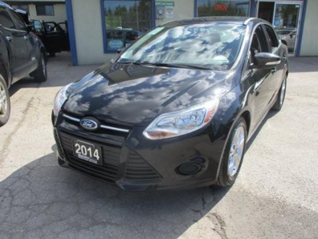 2014 Ford Focus GAS SAVING SE MODEL 5 PASSENGER 2.0L - DOHC.. FLEX FUEL.. SYNC TECHNOLOGY.. BLUETOOTH SYSTEM.. KEYLESS ENTRY..