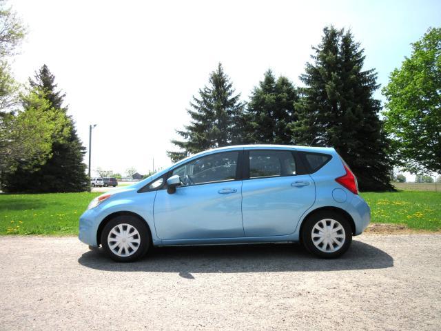 2015 Nissan Versa Note SV H/B- 1 OWNER