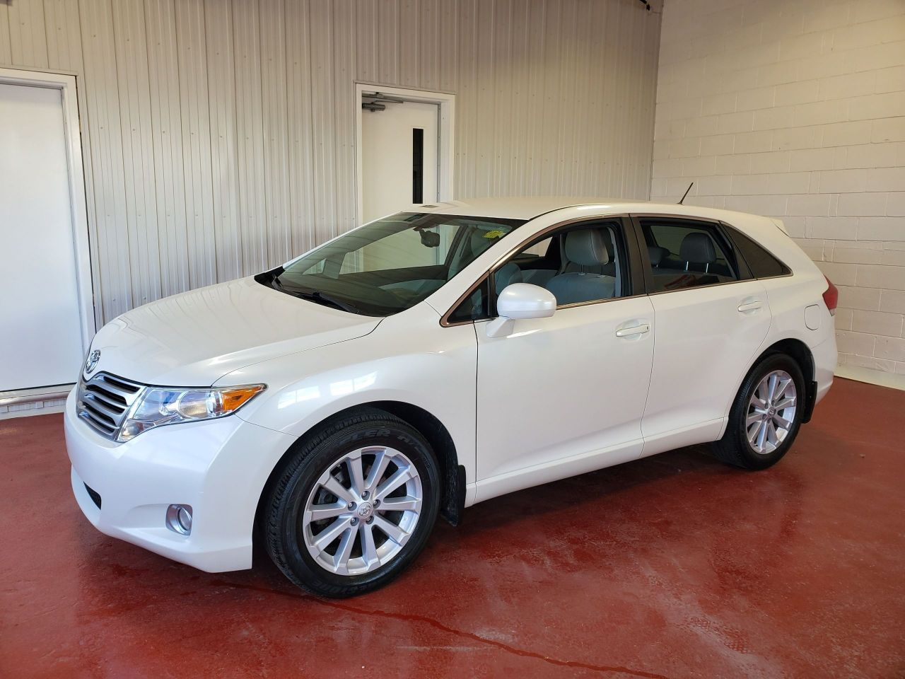 2010 Toyota Venza LE