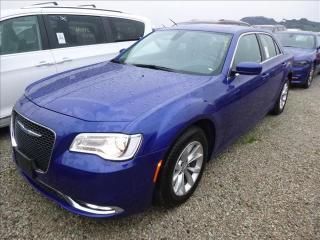 Used 2018 Chrysler 300 2018 Chrysler 300 Touring *RWD/Lthr/Roof/Navi for sale in Winnipeg, MB