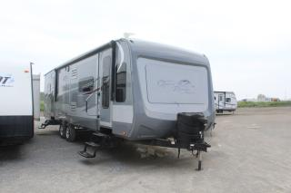 Used 2017 Highland Ridge RV 28FLR - for sale in Whitby, ON