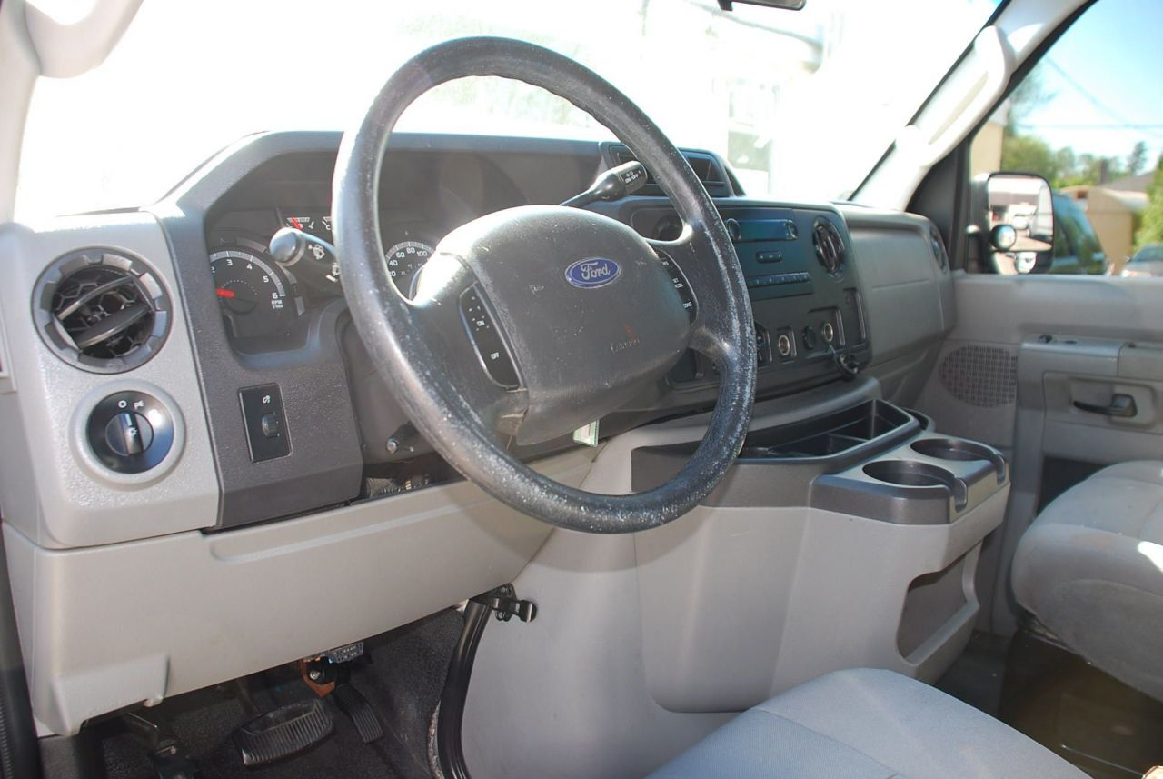 2010 Ford E-250