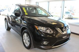 Used 2016 Nissan Rogue SV AWD TOIT CAMÉRA MAIN LIBRE for sale in Lévis, QC