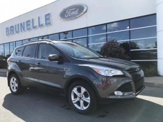 Used 2015 Ford Escape SE 2,0L HITCH AWD for sale in St-Eustache, QC