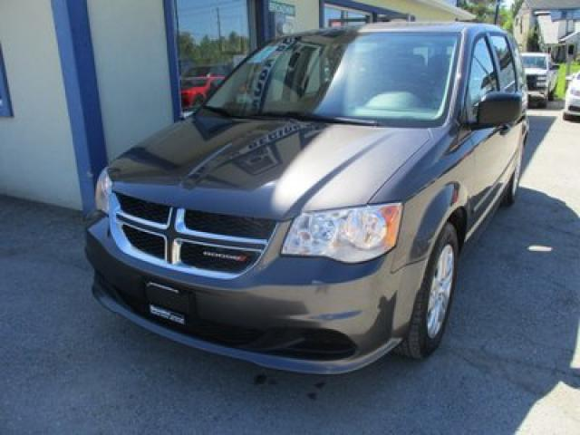 2017 Dodge Grand Caravan FAMILY MOVING SE MODEL 7 PASSENGER 3.6L - V6.. BENCH.. REAR STOW-N-GO.. CD/AUX INPUT.. KEYLESS ENTRY..