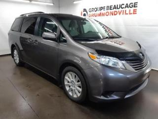 Used 2015 Toyota Sienna LE for sale in Drummondville, QC
