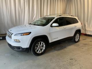 Used 2016 Jeep Cherokee 4 RM, 4 portes, North for sale in Sherbrooke, QC