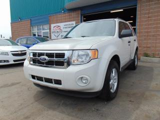 Used 2010 Ford Escape 4 portes, traction avant V6 boîte automa for sale in St-Eustache, QC