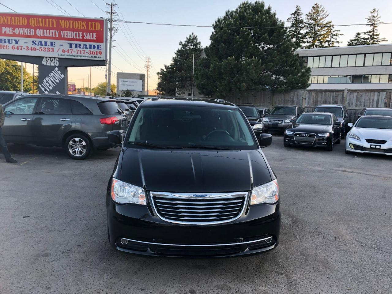 Ontario Quality Motors >> Used 2014 Chrysler Town Country Touring For Sale In