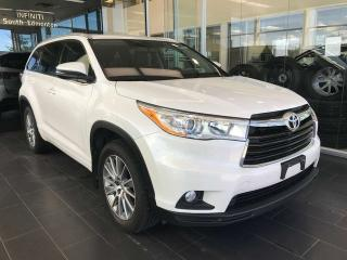 Used 2015 Toyota Highlander XLE, ACCIDENT FREE, POWER HEATED LEATHER SEATS, SUNROOF, KEYLESS IGNITION for sale in Edmonton, AB