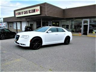 Used 2018 Chrysler 300 Panoramic Sunroof for sale in Langley, BC