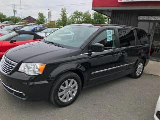 Used 2015 Chrysler Town & Country TOURING for sale in Châteauguay, QC