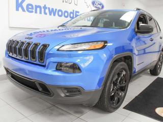 Used 2017 Jeep Cherokee SPORT Altitude 4WD with heated seats and a heated steering wheel for sale in Edmonton, AB