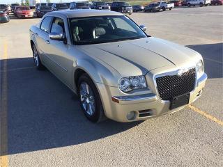 Used 2010 Chrysler 300 Limited*LTHR*BLUETOOTH*USB*COMMAND START*STYLISH for sale in Winnipeg, MB
