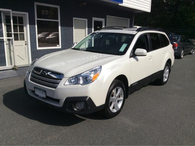 2014 Subaru Outback 2.5i w/Limited & EyeSight Pkg