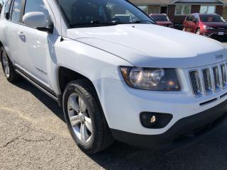 Used 2015 Jeep Compass Sport/North 4x4 with Sunroof, Sport Leather/Cloth Seats and AutoStart! Alloys, Fog Lights and Pwr Windows with K for sale in Kemptville, ON