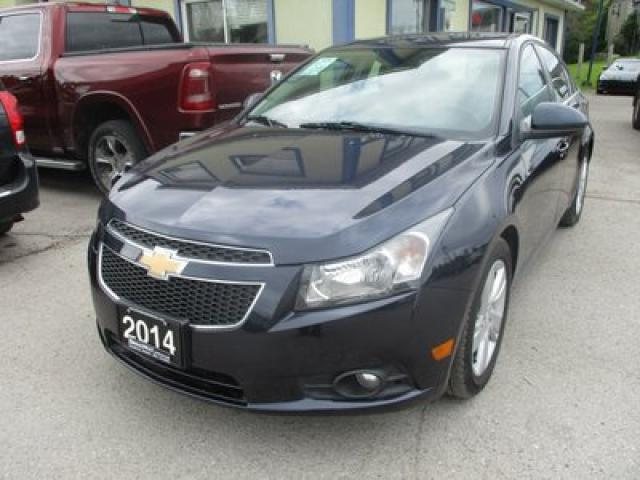 2014 Chevrolet Cruze LOADED LTZ MODEL 5 PASSENGER 2.0L - DIESEL.. LEATHER.. HEATED SEATS.. NAVIGATION.. SUNROOF.. BACK-UP CAMERA.. PIONEER AUDIO..