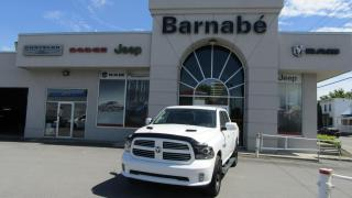 Used 2016 RAM 1500 CREW CAB + CAPOT SPORT + TONNEAU COVER + for sale in Napierville, QC