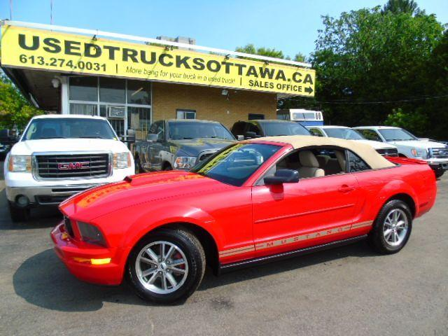 2007 Ford Mustang 2Dr Convertible Low km