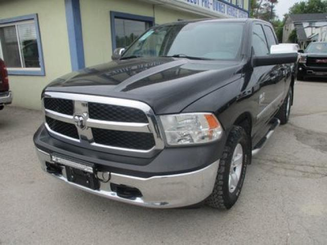 2013 Dodge Ram 1500 WORK READY SXT MODEL 6 PASSENGER 3.6L - V6.. 4X4.. QUAD-CAB.. SHORTY.. AUX/USB INPUT.. TRAILER BRAKE.. KEYLESS ENTRY..