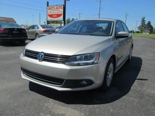 Used 2013 Volkswagen Jetta COMFORTLINE AT for sale in Alvinston, ON