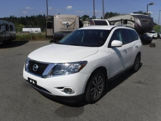 Used 2014 Nissan Pathfinder SL 4WD 3rd row seating for sale in Burnaby, BC
