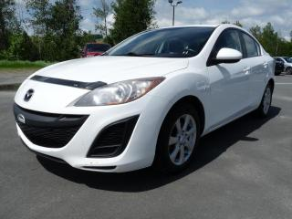 Used 2010 Mazda MAZDA3 GX., A/C, TOIT OUVRANT,  FREINS NEUFS for sale in Vallée-Jonction, QC