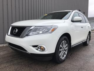 Used 2016 Nissan Pathfinder SV 4X4 V6 WITH ALLOYS   BACKUP CAMERA   POWER OPTIONS   AC for sale in Charlottetown, PE