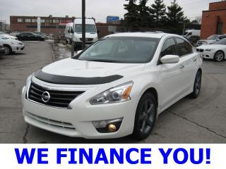 Used 2014 Nissan Altima 2.5 SV for sale in Toronto, ON
