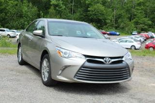 Used 2015 Toyota Camry Berline 4 portes, 4 cyl. en ligne, boîte for sale in Shawinigan, QC