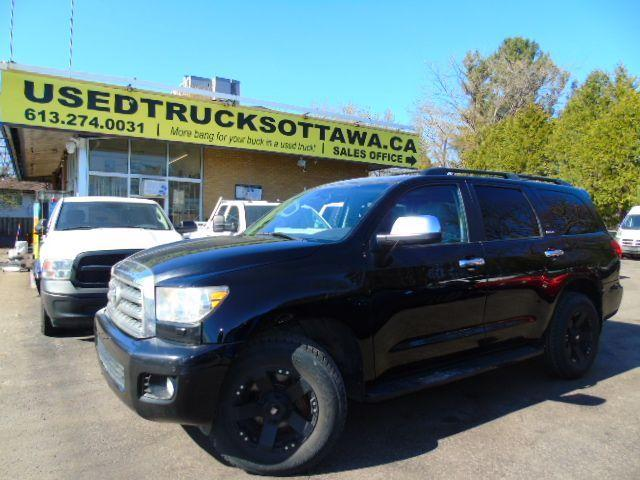 2008 Toyota Sequoia Limited 8 passenger Loaded!!