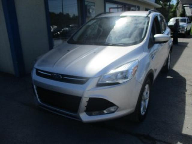 2015 Ford Escape FOUR-WHEEL DRIVE SE MODEL 5 PASSENGER 2.0L - ECO-BOOST.. HEATED SEATS.. SYNC TECHNOLOGY.. BACK-UP CAMERA.. BLUETOOTH SYSTEM..
