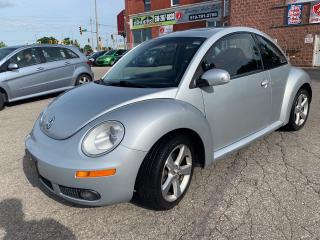 Used 2009 Volkswagen New Beetle 2.5L/Silver-Red Edition/NA ACCIDENT/SAFETY INCL for sale in Cambridge, ON