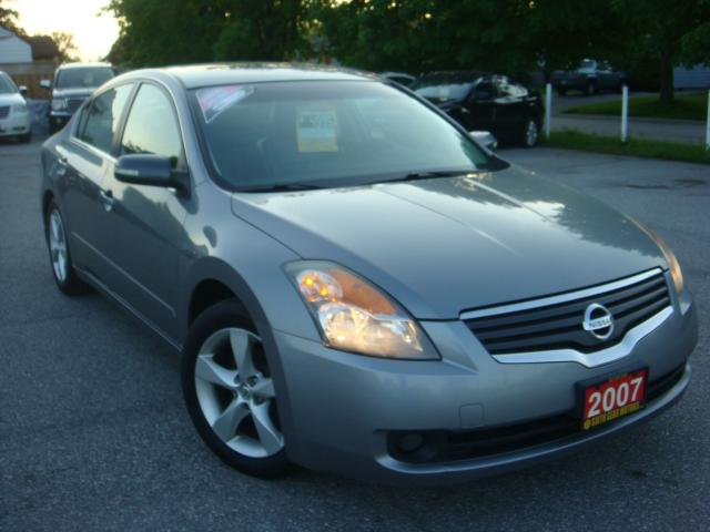 2007 Nissan Altima 2.5 S Push Start/Leather/Sunroof