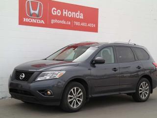 Used 2013 Nissan Pathfinder SV, 4WD, SUNROOF for sale in Edmonton, AB