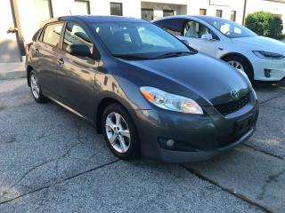 Used 2012 Toyota Matrix XR,SUNROOF,ALLOY RIMS,ABS for sale in Burlington, ON