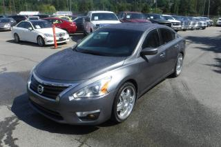 Used 2014 Nissan Altima 2.5 SV for sale in Burnaby, BC