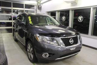 Used 2013 Nissan Pathfinder PLATINUM AWD*CUIR*GPS*TOIT*CAMÉRAS*DVD* for sale in Lévis, QC