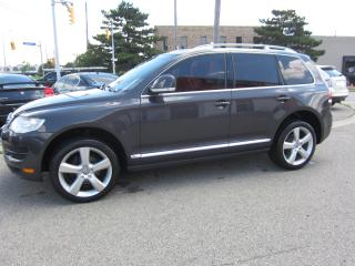 Used 2010 Volkswagen Touareg Highline $11,995+HST+LIC FEE/ CLEAN CARFAX REPROT for sale in North York, ON