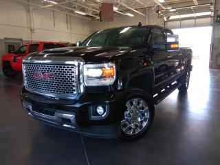 Used 2017 GMC Sierra 2500 DENALI HD/TOIT/CUIR/NAV/BOSE/REMORQUAGE SERVICE D for sale in Blainville, QC