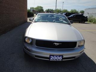 Used 2006 Ford Mustang LEATHER, CLEAN CARPROOF, AIR CONDITION for sale in Oakville, ON