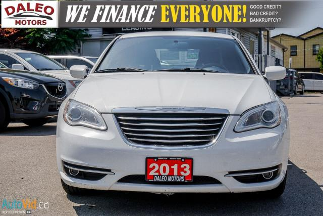 2013 Chrysler 200 TOURING / LEATHER / HEATED SEATS / AUX Photo2