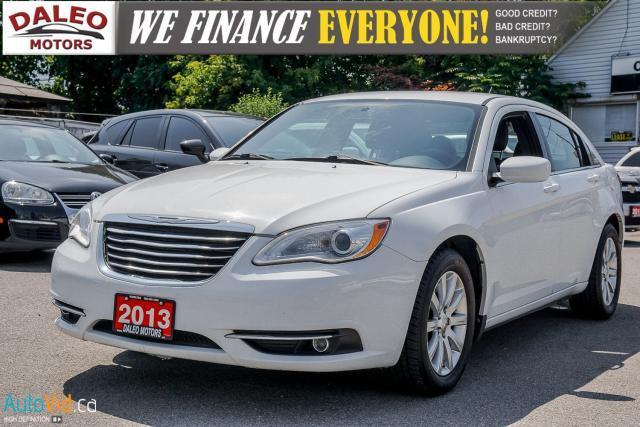 2013 Chrysler 200 TOURING / LEATHER / HEATED SEATS / AUX Photo3