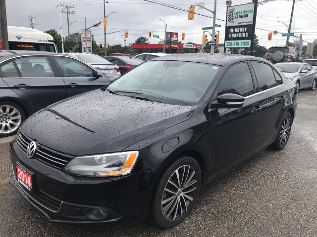 2014 Volkswagen Jetta Highline l Diesel l Leather l Push Start